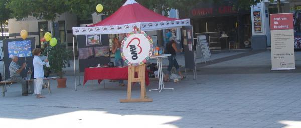 Stand der AWO am Saarlouiser Markt